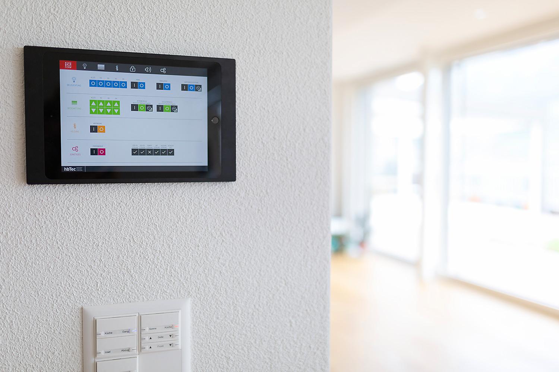 Zentrale Steuerungseinheit für die komplette Gebäudeautomation