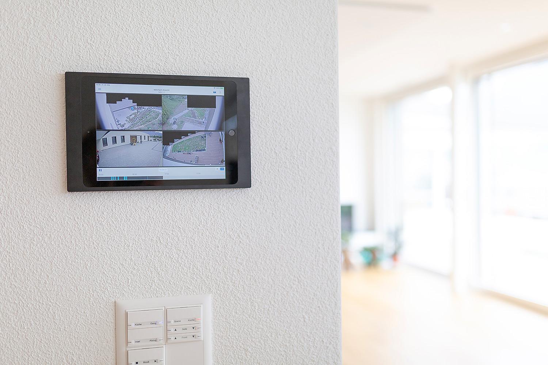 Videoüberwachung via Touchpanel oder Smartphone